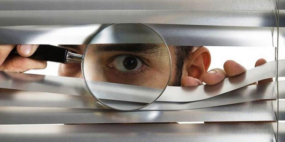 Spione